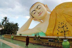Großer liegende Buddha