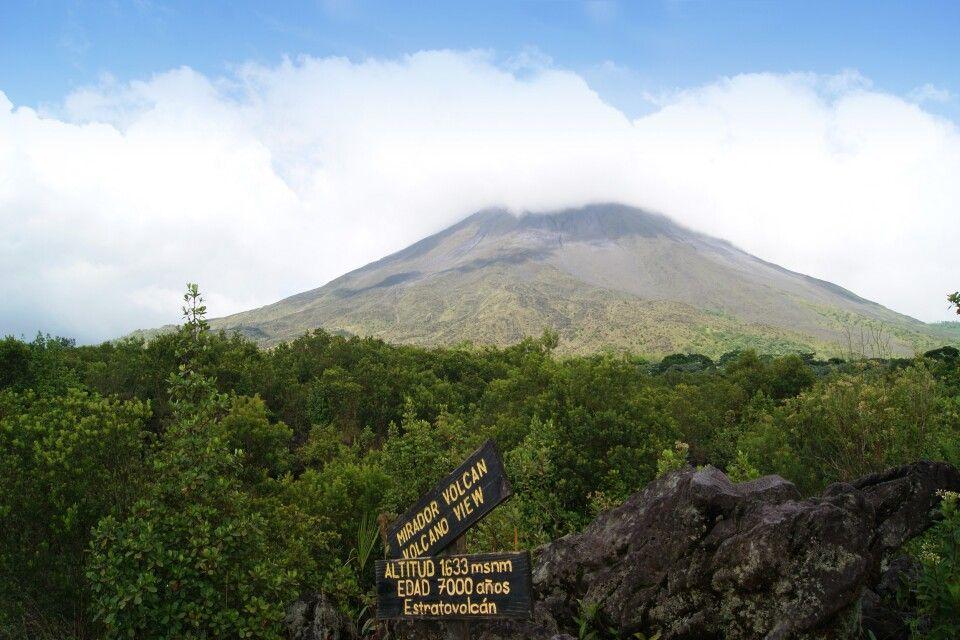 Vulkan Arenal vom NP aus betrachtet