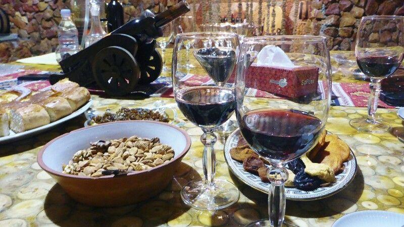 Weinverkostung in Jeghegnadzor © Diamir