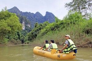 Unterwegs mit dem Kanu im Khao Sok NP