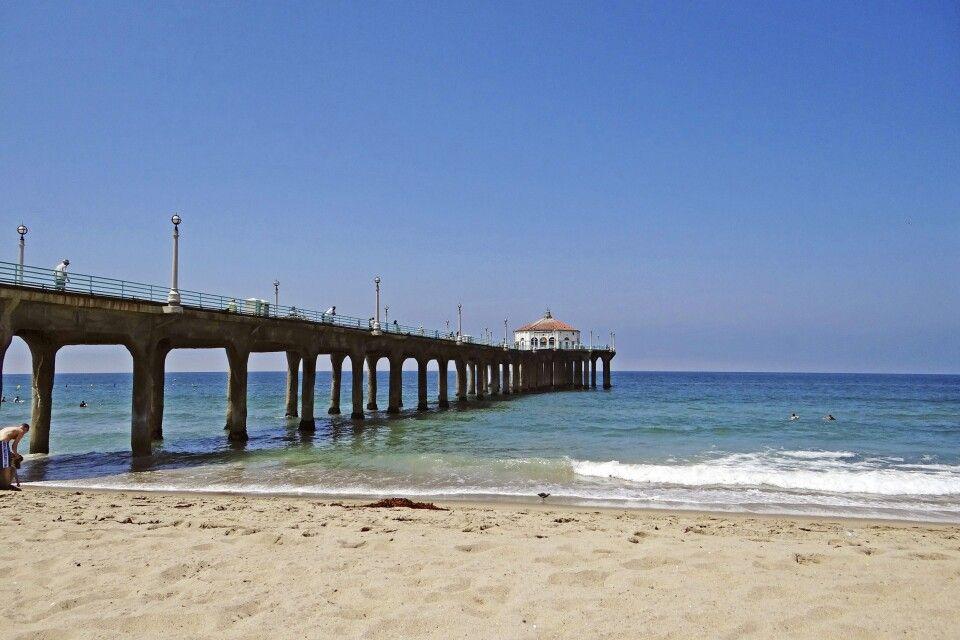 Der berühmte Pier am Manhattan Beach in L.A.