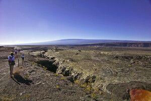 Lavawanderung im Volcanoes-NP