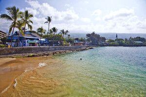 Der Strand von Kailua-Kona auf Big Island