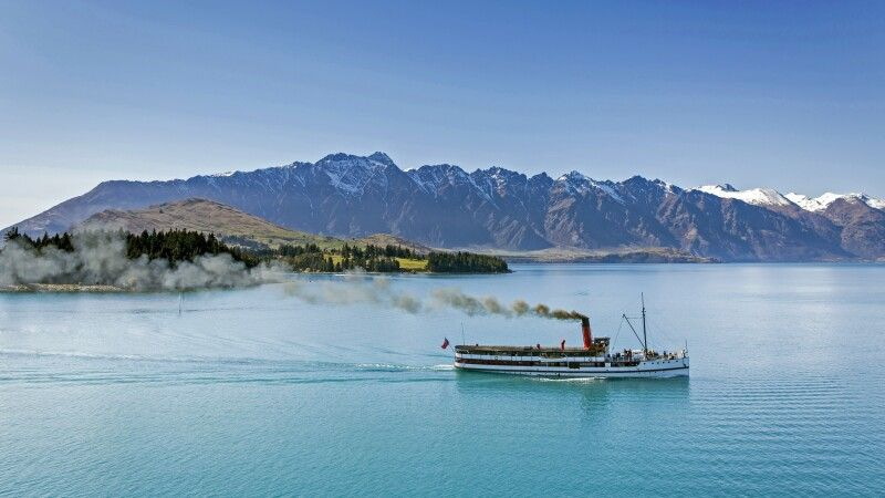 Old Steam Paddler Queenstown © Diamir