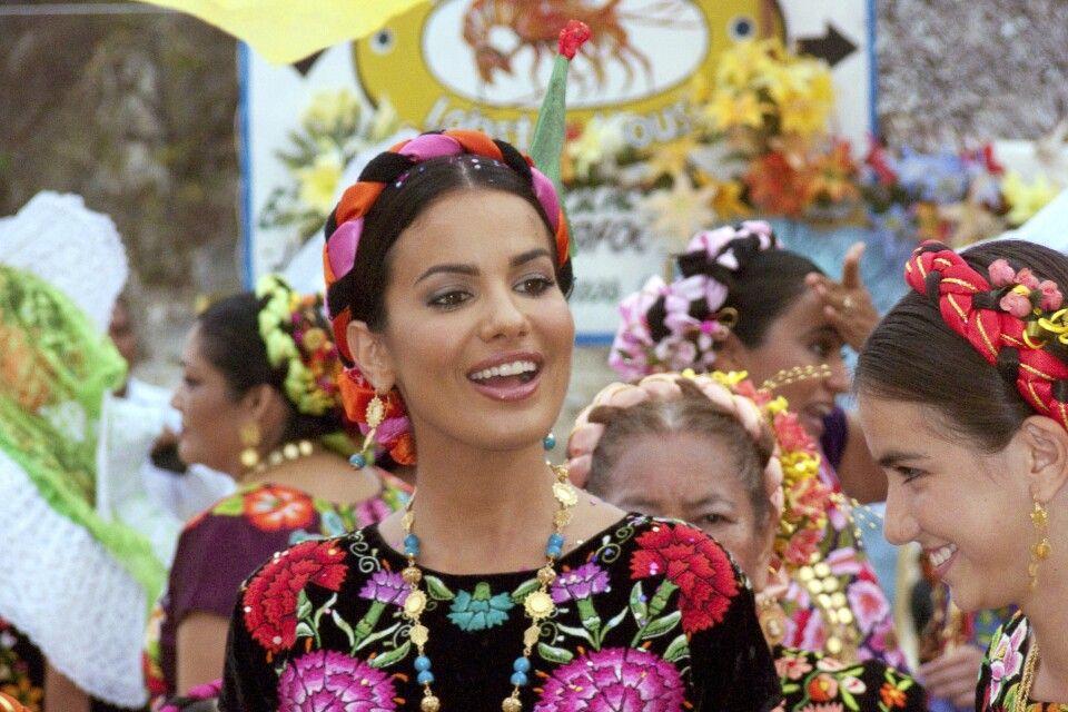 Prozession und Fiesta Mexicana in Huatulco