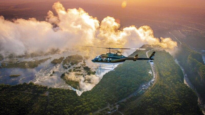 Helikopterflug über die Victoriafälle © Diamir