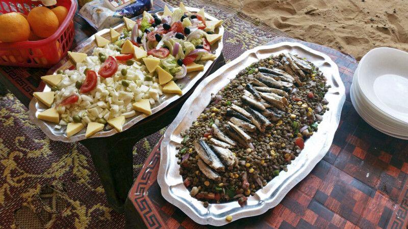 Verköstigung mit lokalen Speisen © Diamir