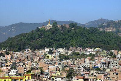 Blick auf Kathmandu und die Tempelanlage Swayambhunath