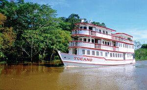 M/Y Tucano unterwegs im Amazonasregenwald