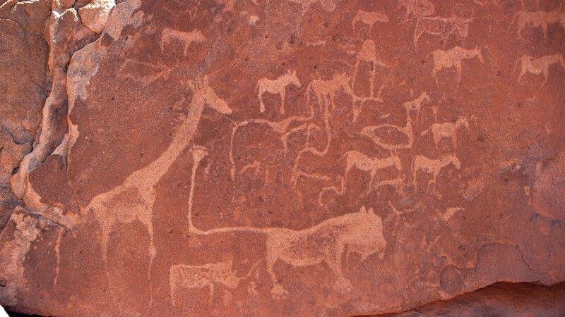 Namibia, Twyfelfontein mit Steinzeichnungen © Diamir