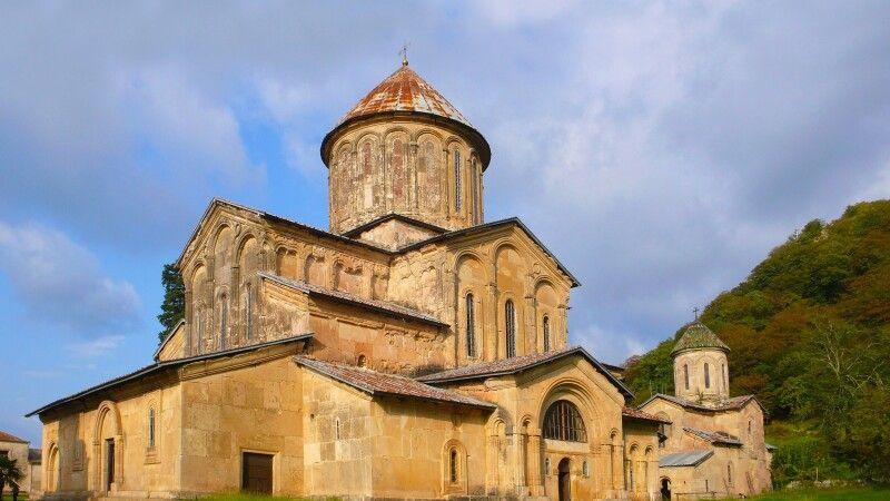 Klosteranlage Georgien © Diamir
