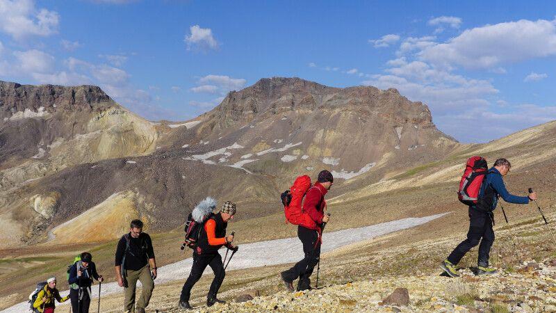 Aufstieg zum Aragats-Nordgipfel © Diamir