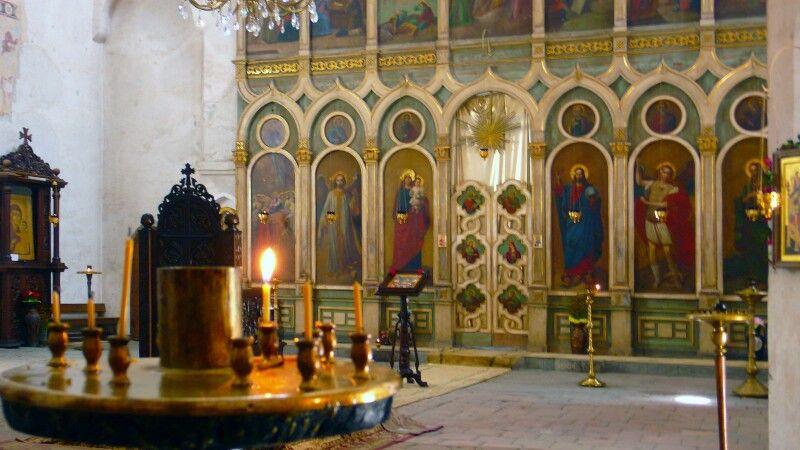 Georgische orthodoxe Apostelkirche © Diamir