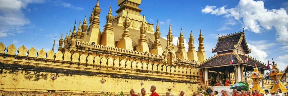 That Luang Festival - Prozession der Mönche