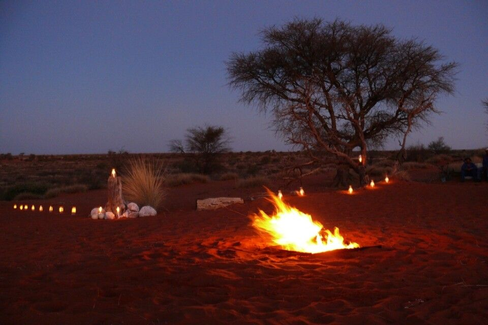 Abendstimmung in der Kalahari-Wüste