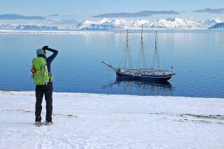 Schneeschuhwanderung im Frühjahr, Spitzbergen