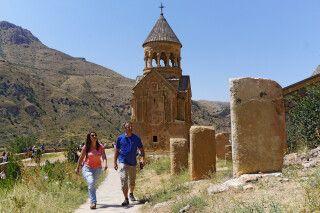Besichtigung der Klosteranlage von Noravank