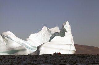 Haushoher Eisberg