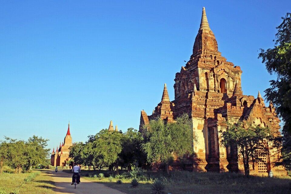 Mit dem Fahrrad durch Bagan
