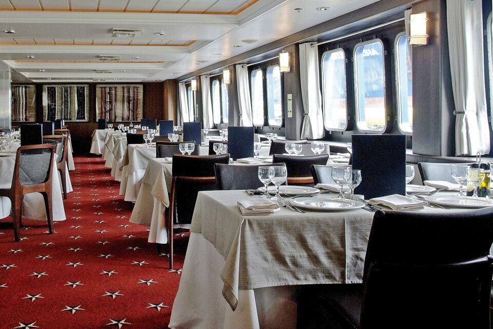 Stella Australis – Patagonia Dining Room